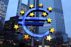 ECB, decyzja ecb