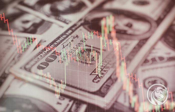 Banknoty USD i wykres