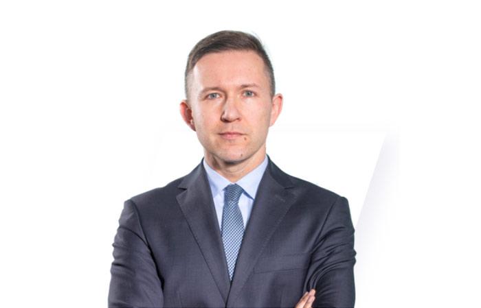 dr Przemysław Kwiecień